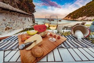 beach damma mia food