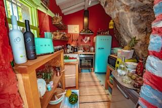 villa damma mia kitchen
